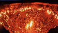 পৃথিবীতেই যে স্থানে দেখা পাবেন নরকের দরজার